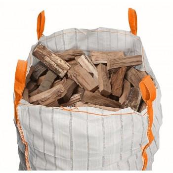 großer belüfteter Brennholzsack